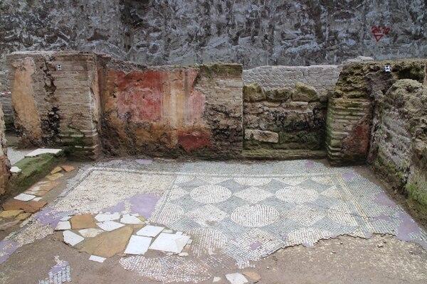 Parte de una fortaleza militar del siglo II d.C. hallada durante las obras de construcción de una nueva de línea del metro en Roma