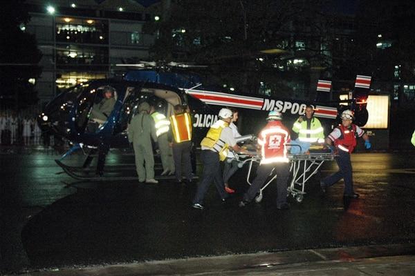 El helicóptero llegó al paseo Colón, San José. | HUMBERTO BALLESTERO MSP