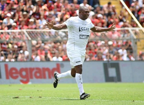Froylán Ledezma anotó en el partido de despedida de Pablo Gabas. Fotografía: Rubén Murillo / Alajuelense