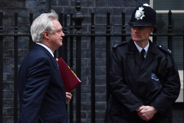 Una carta enviada por el Gobierno de Theresa May activó el miércoles el proceso de negociaciones para que el Reino Unido abandone la Unión Europea. En Londres e Irlanda del Norte hubo protestas en contra del 'brexit.