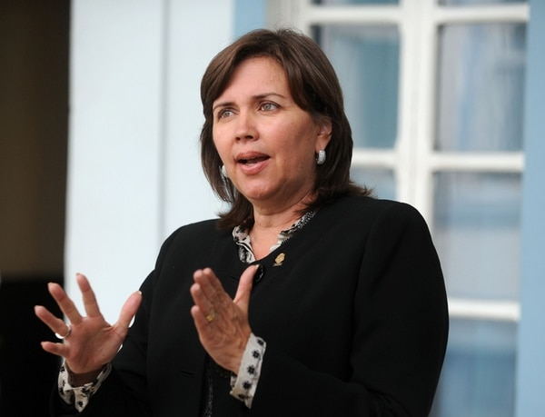 La legisladora del PAC, Jeannette Ruiz, pretende que el próximo lunes se discuta en el Congreso la reducción de la deuda política.   ARCHIVO