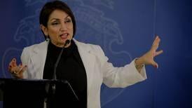 Ministra de Economía, Victoria Hernández, da positivo a prueba de covid-19
