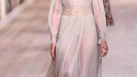 Christian Dior mezcló telas y texturas en su nueva colección