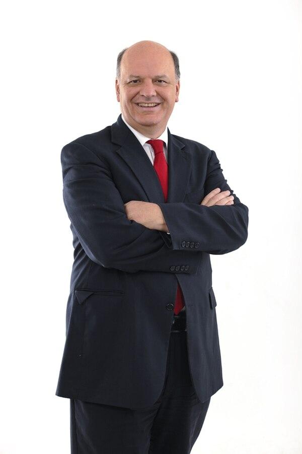 Rodolfo Piza dará un discurso en el cierre del acto del PUSC. | ADRIÁN SOTO