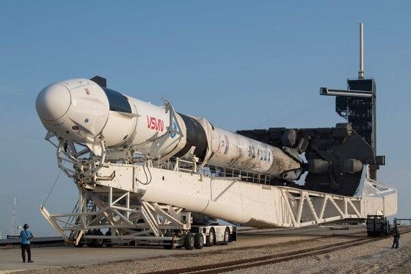 Este es un cohete Space X Falcon 9 en el Centro Espacial Kennedy, en Florida. Foto AFP
