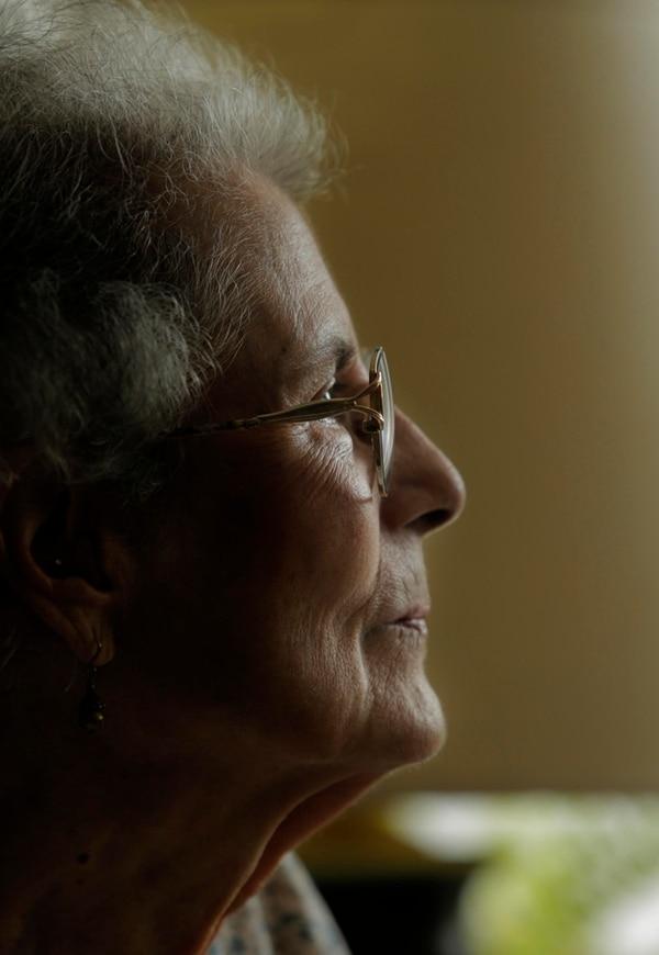 Flora María Sáenz nació en 1927 en Costa Rica; residió de joven en Escazú.