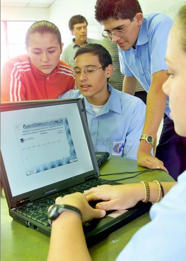 computadoras, colegiales, estudiantes