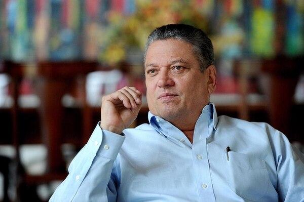 Johnny Araya dice que aspira a contribuir que el partido supere los retos para ganar la campaña presidencial 2018.