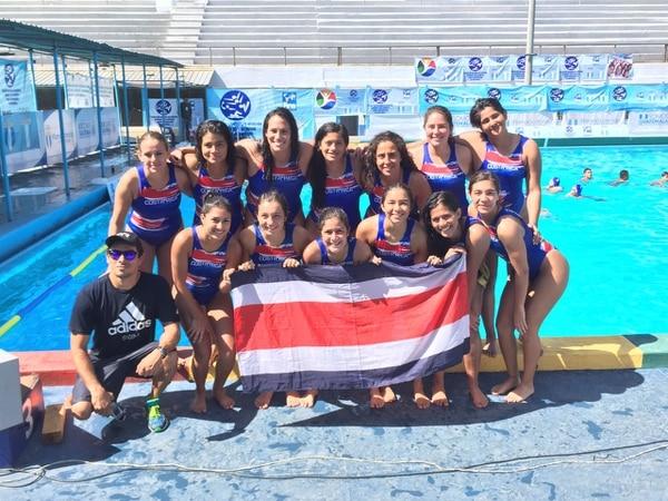 La Selección de Waterpolo celebra su triunfo en Guatemala.