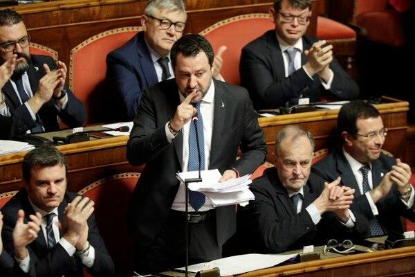 El líder populista de la oposición, Matteo Salvini, habla al final del debate en el Senado italiano, en Roma, el miércoles 12 de febrero del 2020. Foto: AP