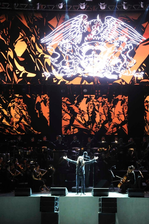 Las proyecciones audiovisuales del espectáculo de la Orquesta Filarmónica son impresionantes. / Fotografía: Jorge Navarro.