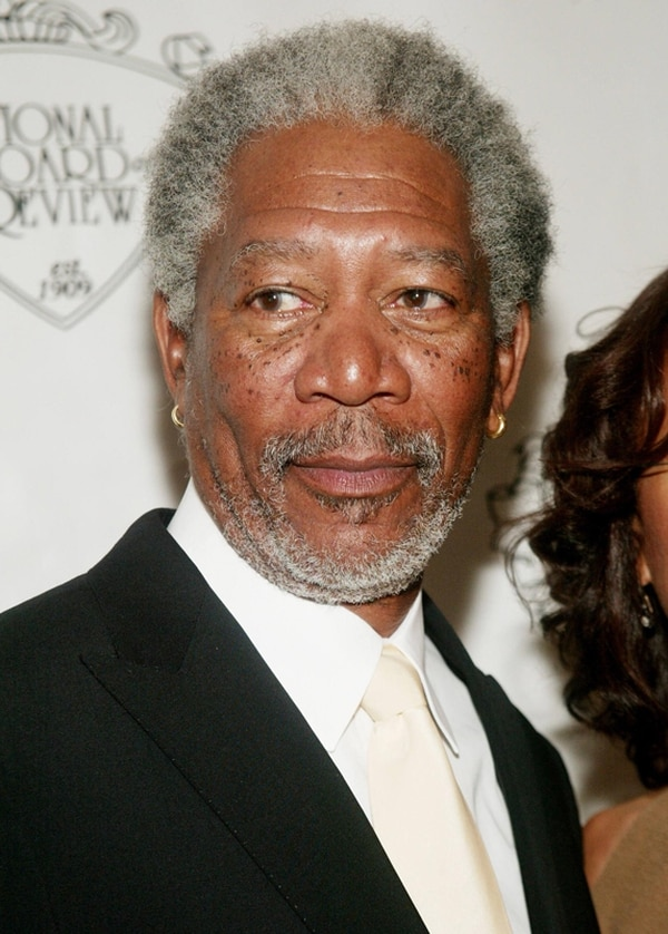¿Quién lo sabe?, pero a juzgar por el comportamiento del malcriado oso en Ted (2012), a Morgan Freeman le será muy difícil defenderlo en los tribunales.