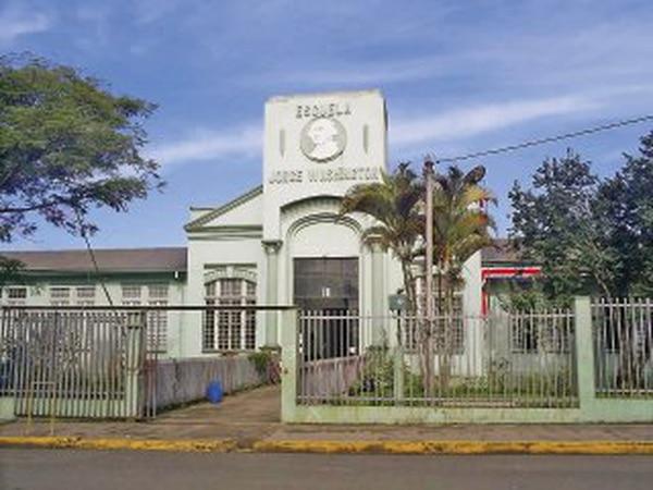 Escuela Jorge Washington, de San Ramón - La Nación