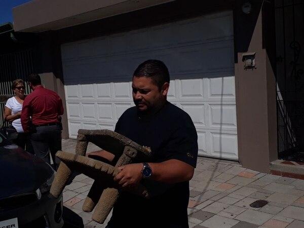 Piezas decomisadas durante el allanamiento a la vivienda del exdiputado Víctor Hugo Víquez. FOTO: DANIELA CERDAS