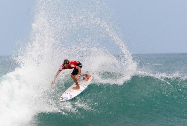 Anthony Fillingim logró la puntuación más alta entre los ticos, tras la primera ronda del Mundial en Nicaragua. | FEDERACIÓN DE SURF DE COSTA RICA