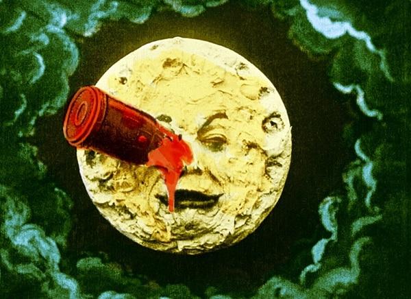El filme Viaje a la Luna , de Georges Méliès, es un cortometraje que data de 1902. Se inspira en la novela de Julio Verne, De la Tierra a la Luna , y Los primeros hombres en la Luna , de H. G. Wells. Archivo