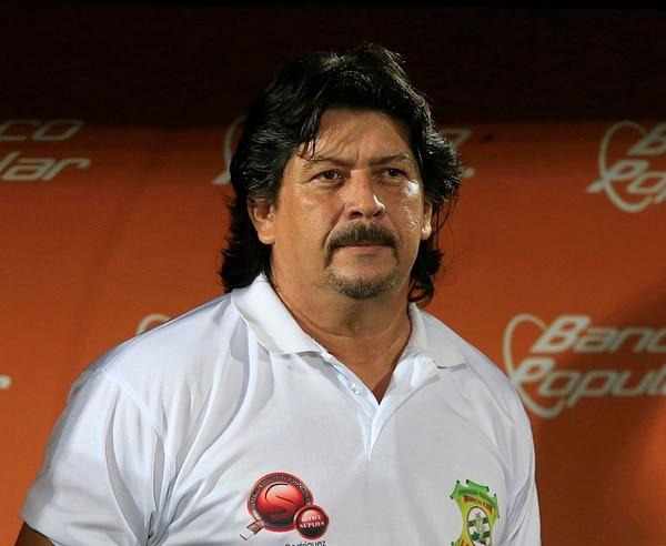 Horacio Esquivel, técnico de Limón.