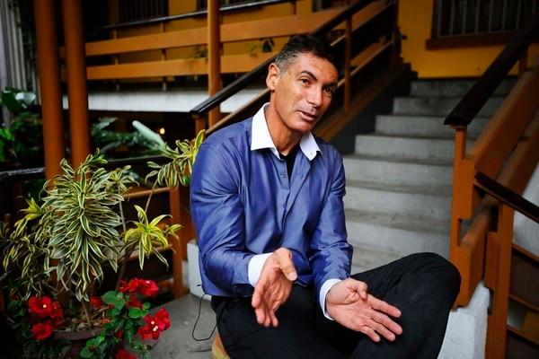 El jurista Yashin Castrillo alegó ante la Sala IV que sufría un trato desigual en el Colegio de Abogados, frente a las parejas heterosexuales. | ARCHIVO