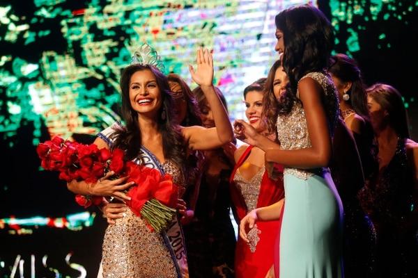 El 7 de agosto del 2015 Brenda Castro fue coronada Miss Costa Rica. La guapileña se impuso en el certamen de belleza tras responder una pregunta en las instancias clasificatorias sobre las características que definían a una mujer exitosa. Fotografía: Rafael Pacheco.