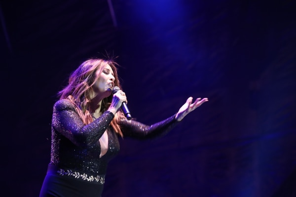 Myriam Hernández cantó para los ticos en febrero del 2018 en el Estadio Nacional. Foto: Archivo/Graciela Solís.