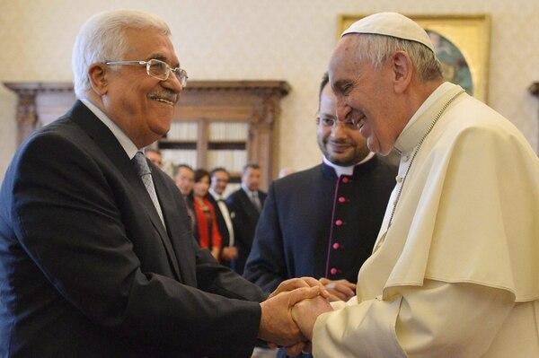 El papa Francisco y el presidente palestino, Mahmud Abás, se reunieron este sábado en el Vaticano.