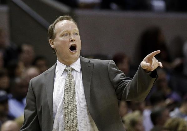 Mike Budenholzer es el nuevo técnico de los Hawks de Atlanta. | AP