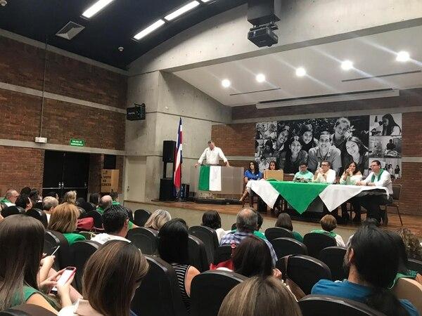 La Asamblea Cantonal de Alajuela se realizó en las instalaciones de la Universidad Técnica Nacional. No pasaron de la segunda ronda para elegir candidato a alcalde. Foto suministrada por Shirley Vásquez