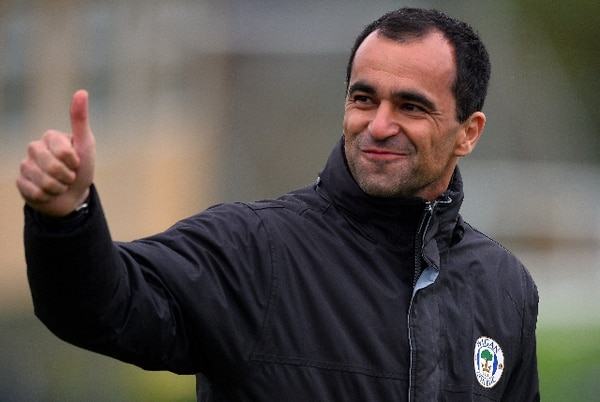 El 10 de mayo del 2013, Roberto Martínez dirigió al Wigan en Christopher Park antes de enfrentar a Manchester City en Wembley. / Archivo de AFP