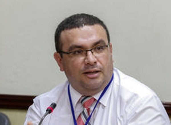 El ministro a.i. de Hacienda, Fernando Rodríguez, dijo que con el cambio al reglamento de la ley sobre estupefacientes, el país cumplirá con algunas de las normas internacionales de combate al lavado de dinero.