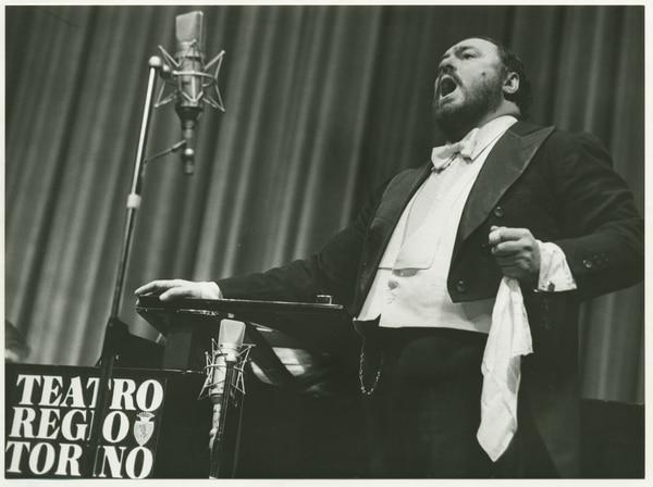 El documental 'Pavarotti' fue dirigido por Ron Howard y retrata la vida del tenor italiano gracias a las entrevistas que cedieron sus familiares, amigos y colegas. Fotografía: Cinépolis para La Nación