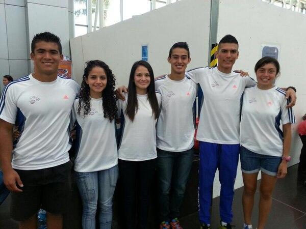 Pablo Abarca, Daniela Rojas, Karol Montoya, Cristian Arias, Alejandro Araya y María Fernanda Aguilar viajaron a Estados Unidos.