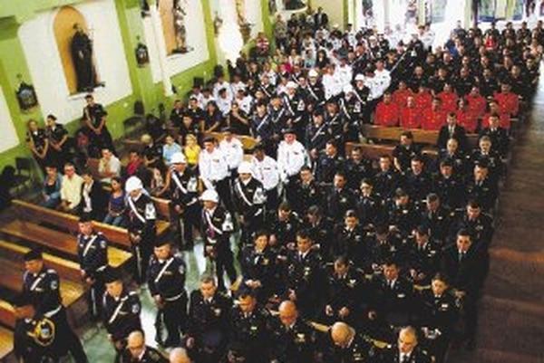 La Policía ofreció misa en honor a oficiales caídos. | MSP PARA LA NACIÓN.
