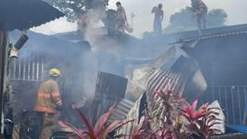 Incendio en Pavas destruye 10 viviendas