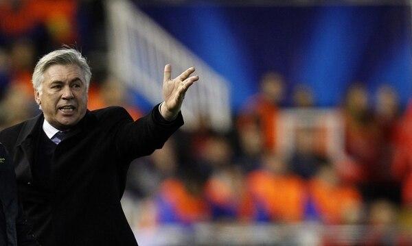 Afable y diplomático, Carlo Ancelotti, de 54 años, parece tener el perfil ideal para cuidar a las muchas estrellas con que cuenta el Real Madrid. Es el octavo entrenador que firma Florentino Pérez siendo presidente de los blancos.   AP