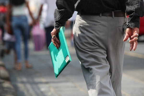El 12% de los desempleados de 2018, acumuló un año o más buscando trabajo sin obtenerlo, de acuerdo con las estadísticas del la Encuesta Continua de Empleo. Fotografía: John Durán