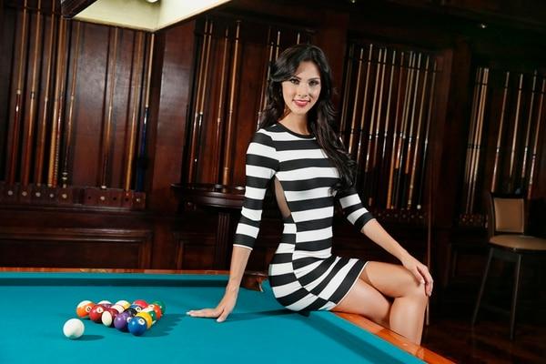 Karina Ramos, Miss Costa Rica 2014 cuenta con experiencia en radio y televisión. De niña estuvo en 'RG Elementos', luego pasó a la extinta radio Vox. A los 17 años se unió al equipo de VM Latino y luego a radio Yeah! 107.5 FM. También es modelo y maneja su propia academia, Imagination.