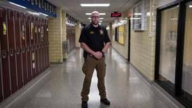 Colegio de Ohio, EE. UU., arma a profesores para enfrentar tiroteos