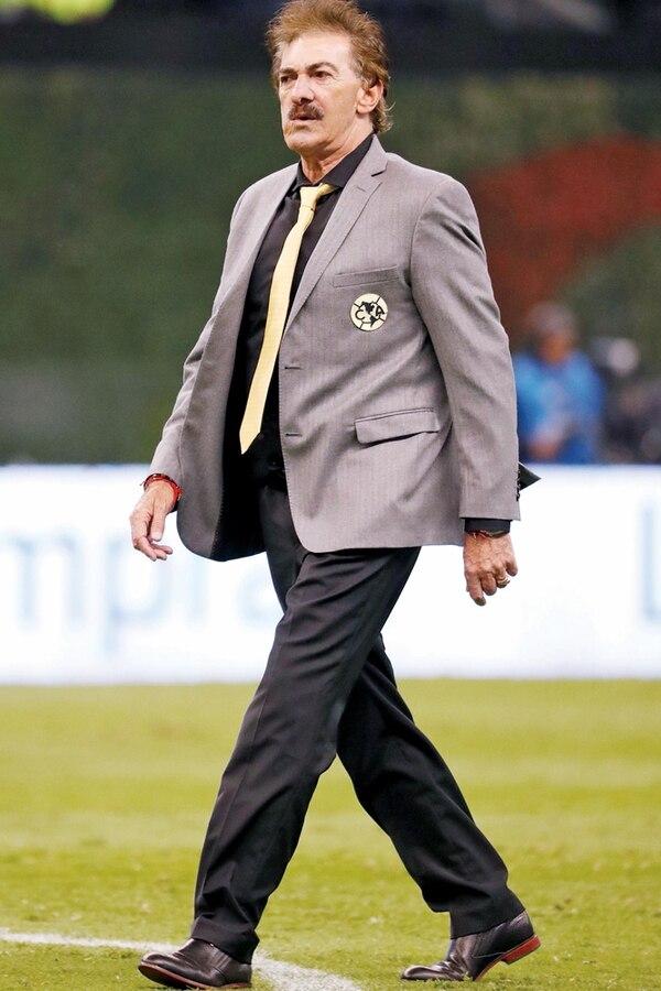 En su segunda etapa como entrenador de las Águilas del América, el argentino Ricardo La Volpe las dirigió en dos torneos. | GDA