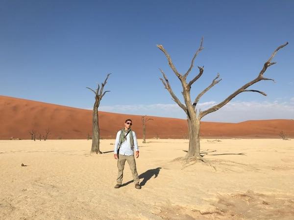 El tico Karl Saalau en el desierto de Namibia.
