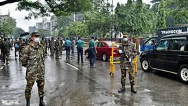 Bangladés desespera en nueva oleada de covid-19 por escasez de oxígeno