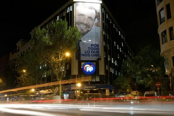 El Partido Popular y su líder, Pablo Casado, afrontan un mal momento político. AFP