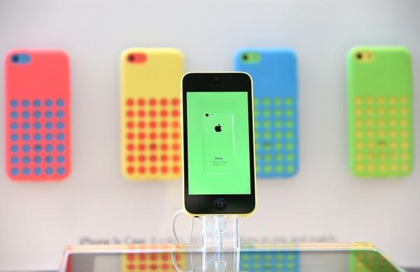 El iPhone 5C es la versión económica del famoso teléfono