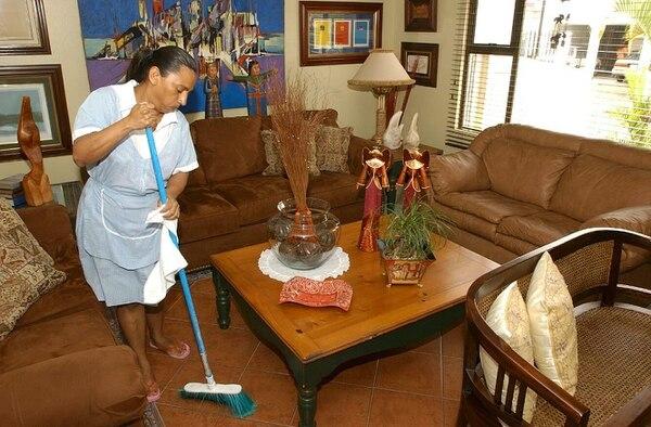 Veronica Monguia Toval, laboró como empleada doméstica en el 2012. Este tipo de empleo pasó de 173.000 ocupados en el primer trimestre del 2015 a 135.000 ocupados en el primer trimestre del 2016.