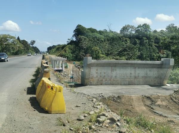 Además de la ampliación de la vía, la compañía debe completar 33 puentes mayores nuevos y reparar las estructuras existentes. Foto: Reiner Montero.