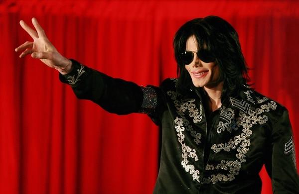 Michael Jackson es recordado como el rey del pop. Foto: Carl DE SOUZA / AFP