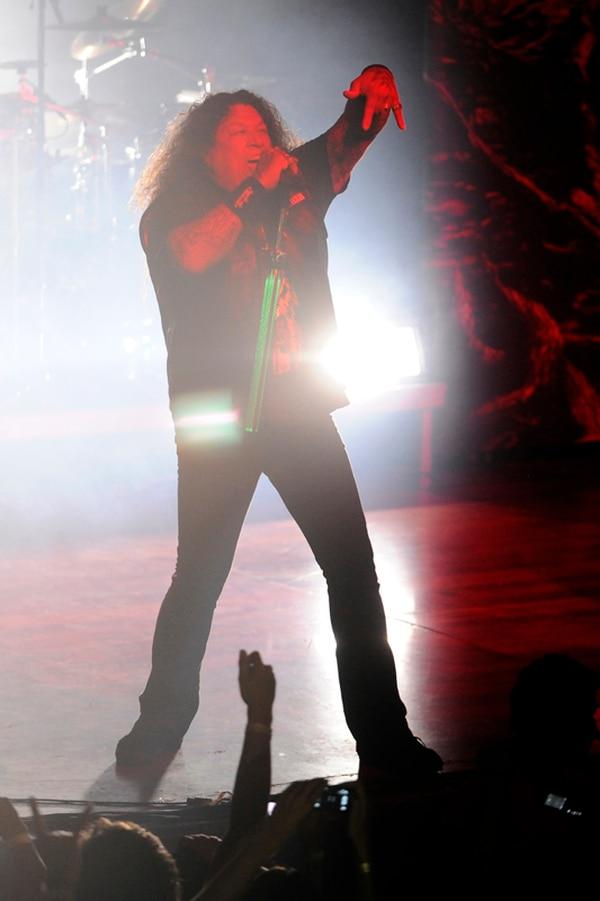 Chuck Billy, cantante de Testament, en el debut de la banda en Costa Rica en el 2013. Esa noche, el artista prometió que regresarían al país. // Fotografía: Eyleen Vargas/Archivo.