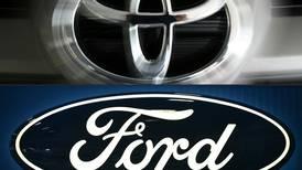 Toyota y Ford desacelerarán producción de autos en Estados Unidos por escasez de microchips