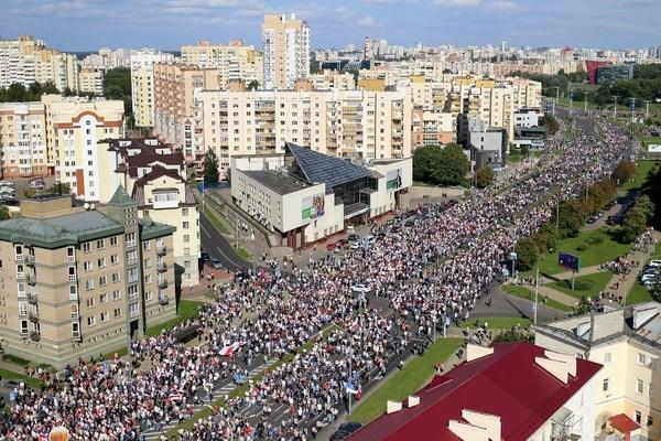 El movimiento de protesta recorre Bielorrusia desde la elección presidencial del 9 de agosto, que Lukashenko dice haber ganado con el 80% de los votos. Foto: Reproducción.