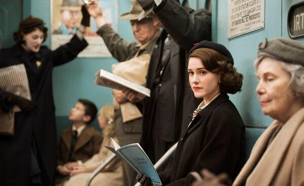 Rachel Brosnahan es la protagonista de 'The Marvelous Mrs. Maisel'. Foto: Amazon Studios.