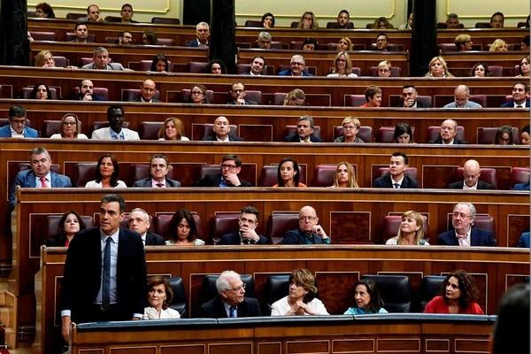 Pedro Sánchez durante una sesión del Congreso de los Diputados para votar su investidura, el 23 de julio del 2019. Fracasó en ese intento.